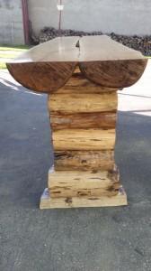 masivny-dubovy-zahradny-stôl